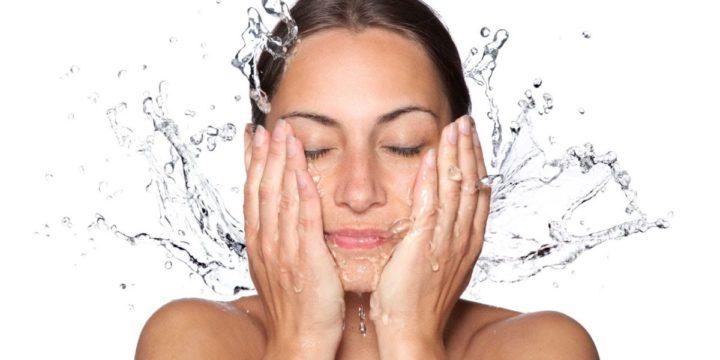 Čišćenje lica – priprema za nanošenje maske